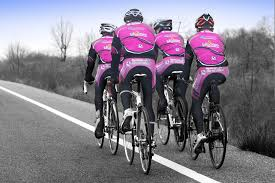 ciclisti appaiati.png