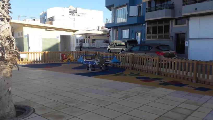 Speciale famiglie con bambini le spiagge e i punti dove fare il bagno e prendere il sole ad - Dove fare il bagno a como ...